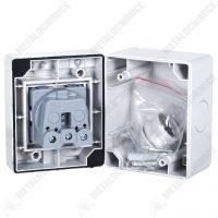 Priza aplicata pe perete, protectie umiditate IP55 PT  din categoria Stecher si Prize Schuko
